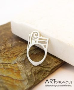 ancient greek ring victoria artonomous