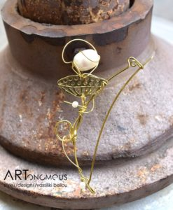 pearl brooch artonomous