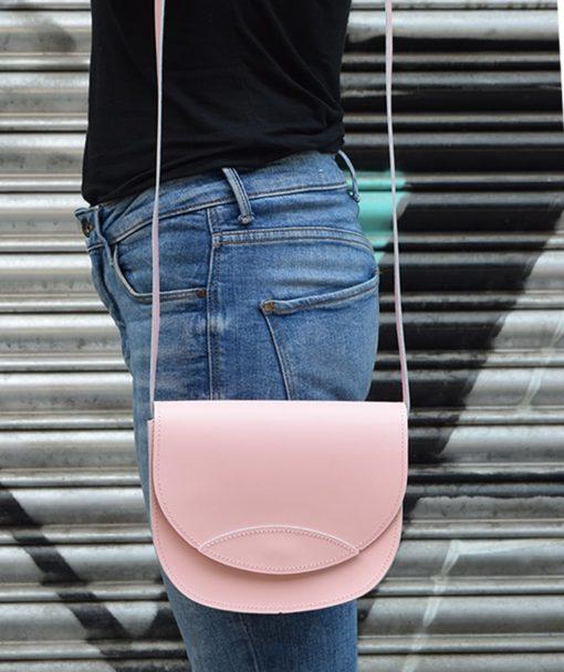 Δερμάτινο τσαντάκι – ροζ 002261a (2)