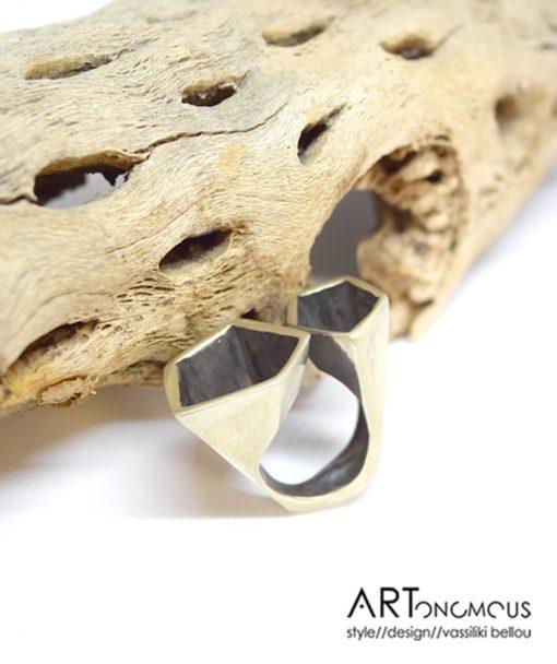 Online Exclusive – Ασημένιο δαχτυλίδι κύβοι 002245a