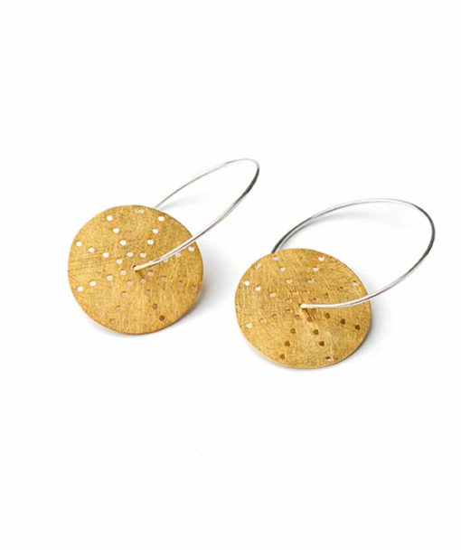 Ασημένια επίχρυσα σκουλαρίκια με διάτρητους δίσκους 002310a