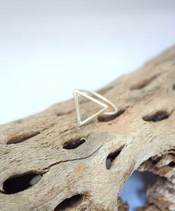 Πριγκιπώ δαχτυλίδι ασήμι τρίγωνο