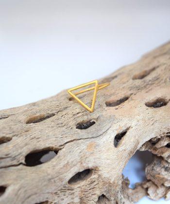 Πριγκιπώ δαχτυλίδι επίχρυσο τρίγωνο