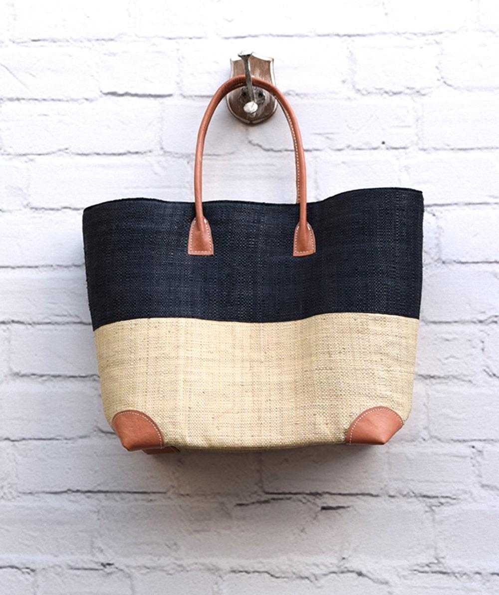 9202bd0c30 Τσάντα ψάθινο καλάθι - Μαύρο Εκρού - ARTonomous    Style    Design
