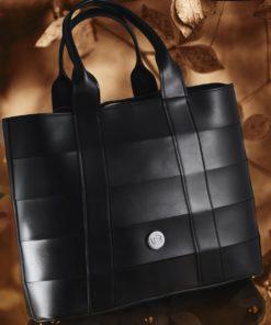 Black Handbag Vasiliki Bellou Artonomous1