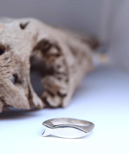 Δαχτυλίδι ψαράκι ασημί 002485a (4)