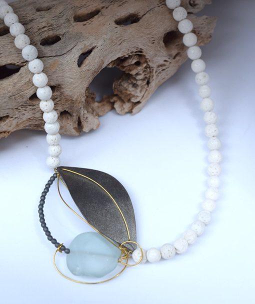 Κρεμαστό με λευκό κοράλι & Aquamarine 002548a (2)