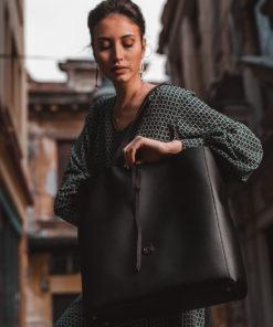 Τσάντα tote τετράγωνη ώμου - Μαύρο