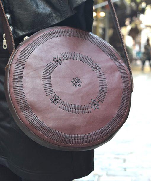 στρόγγυλη τσάντα δέρμα μπορντό 5