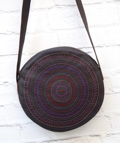 στρόγγυλη τσάντα κέντημα μοβ Artonomous 2