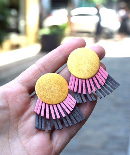 στρόγγυλα σκουλαρίκια ροζ γκρι τσαπραλή Artonomous 3
