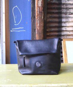 Τσάντα δερμάτινη χιαστί - Μαύρο