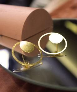 Earrings Stud Gold Artonomous 1