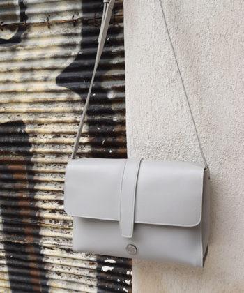 Τσάντα χιαστί ώμου μεγάλη – Γκρι 1